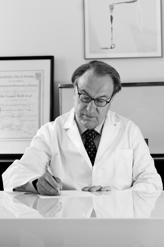 Dr. Ferran Morell-Baixa24